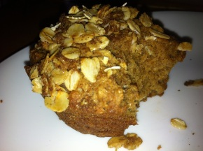 Whole Wheat Oatmeal Applesauce Muffins