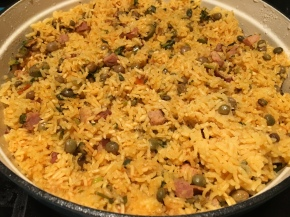 Arroz con gandules {rice with pigeon peas}